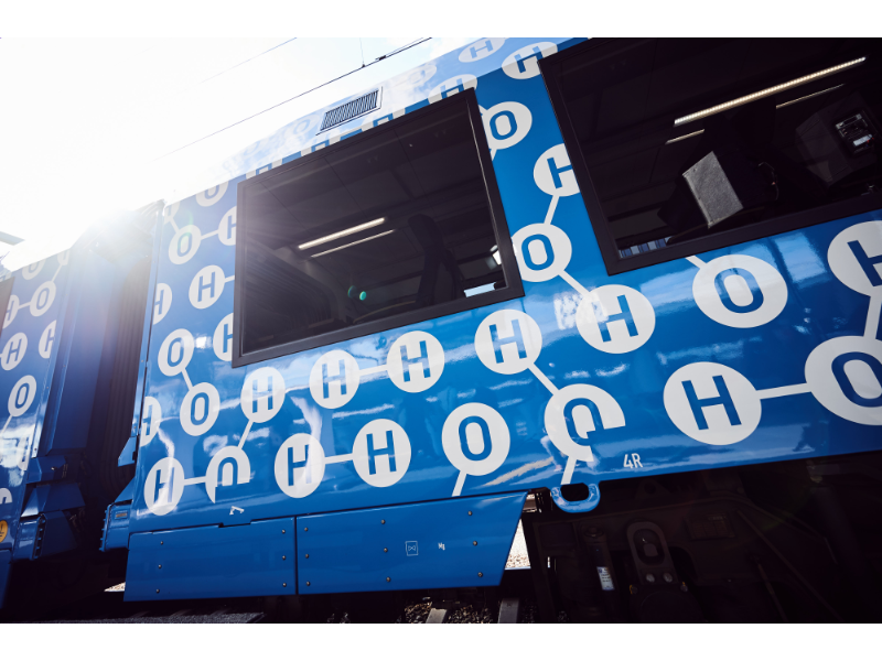 Wasserstoff Zug 004